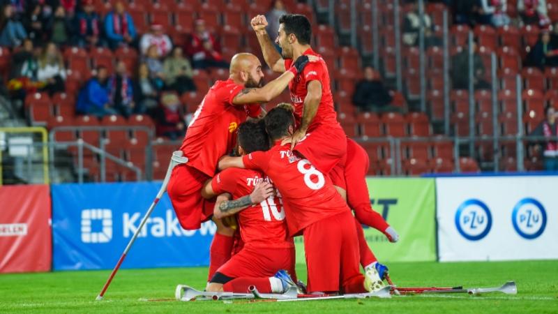 Ampute Futbol Milli Takımı, İspanya'yı yenerek Avrupa Şampiyonu oldu