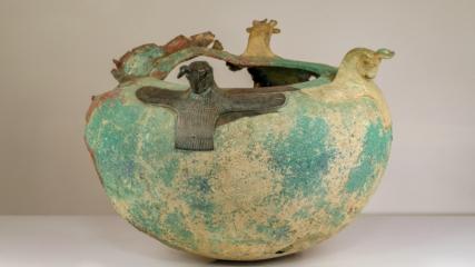 Dünyadaki dört Urartu kazanından biri