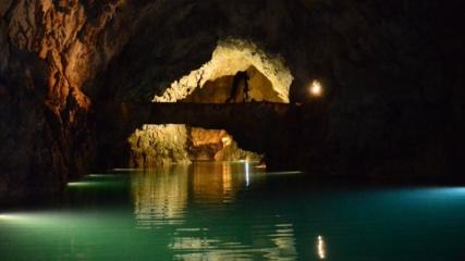 Turistlerin ilgi odağı 'Altınbeşik Mağarası'