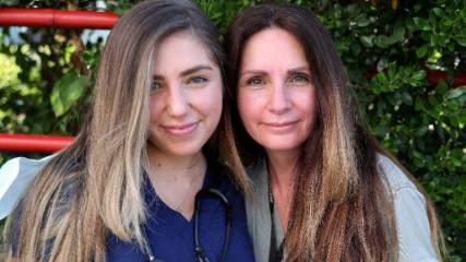 New York'ta hemşirelik yapan Türk anne ve kız, yaşadıkları zorlukları anlattı