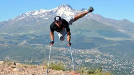 Ampute milli futbolcu Feyyaz, antrenman için 2 bin rakımlı dağa tırmandı