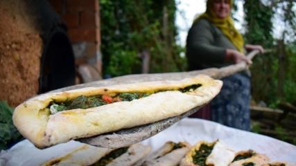 Osmanlı geleneği 'mancarlı ekmek' ramazan sofraları için pişiyor
