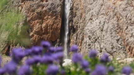 Munzur Dağları'nın saklı güzelliği: Kırkmerdiven Şelaleleri