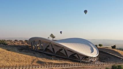 Göbeklitepe'de sıcak hava balonuyla uçuşlar başladı