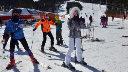 Cıbıltepe Kayak Merkezi'ne yabancı turist ilgisi