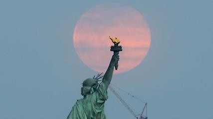 ABD'de 'Süper Kanlı Kurt Ay'