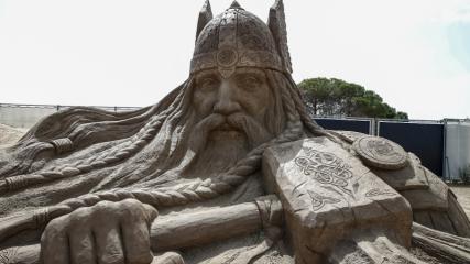 Kum heykeller