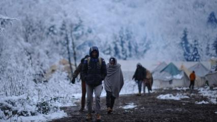 AB kapısında bekleyen göçmenlerin yaşam mücadelesi