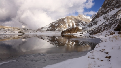 Bolkar'ın buzul gölleri görenleri cezbediyor