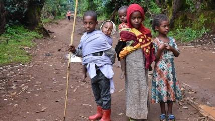 Etiyopyalı çocukların yaşam mücadelesi